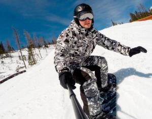 Regalos-Originales-Camara-deportiva-para-ir-a-la-nieve